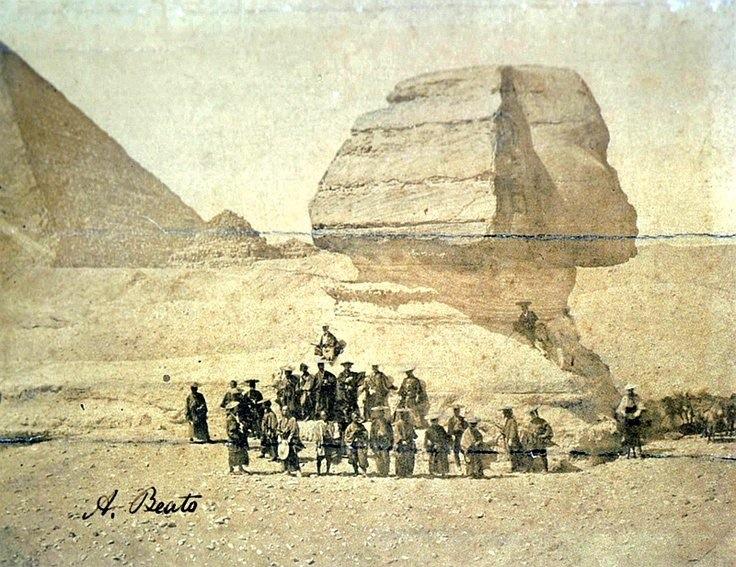 بعثة ساموراي في مصر عند الاهرامات وابو الهول