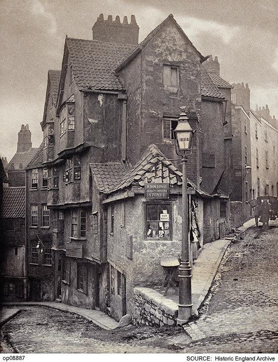 شوارع انجلترا القديمة