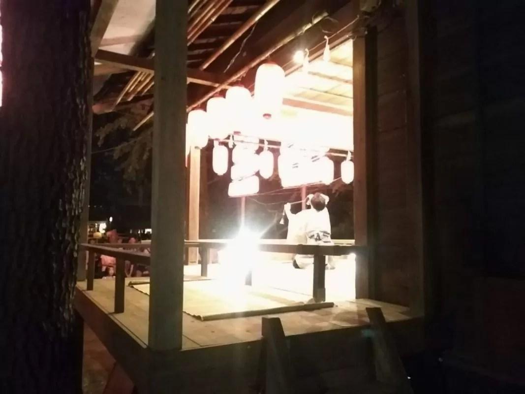 洗足池八幡宮様のお祭りで奉納演芸でマジック