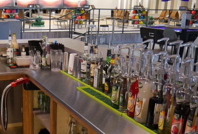 Comptoir de bar à cocktails