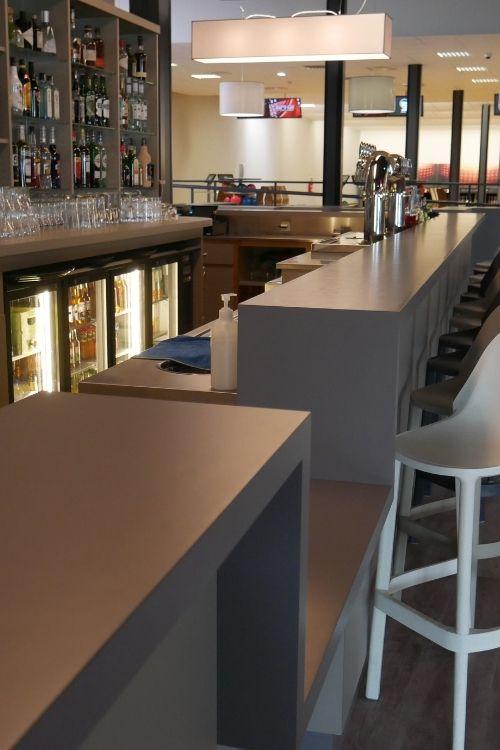 comptoir de bar en stratifié