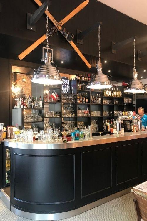 Comptoir de bar en inox