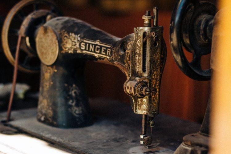 Inventos victorianos: La máquina de coser