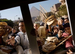 food-crisis-mob-in-egypt