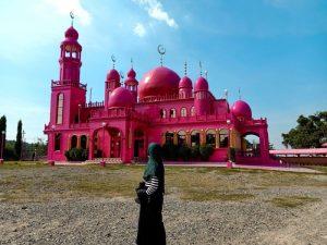 "ALT=""pink mosque central mindanao armm"""