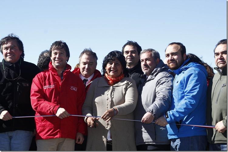 El subsecretario de Obras Públicas, Lucas Palacios, inaugura el Puente Medina en la comuna de Pitrufquén.