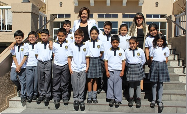FOTO premiación alumnos los arrayanes 1