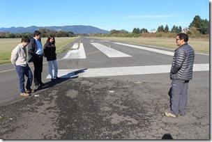 Director Nacional de Aeropuertos visitó aeródromo de Villarrica (2)