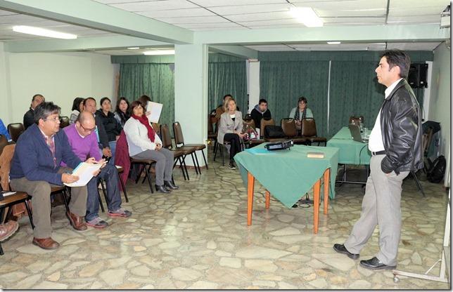 PDC Araucanía Sur realiza en Temuco jornada _Escenario Político Financiero para las próximas elecciones municipales_  (4)