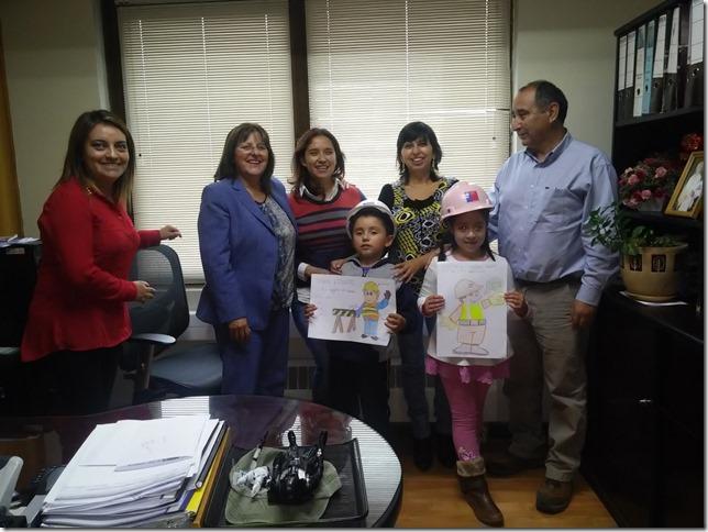 Vialidad Araucanía desarrolló actividades en Mes de la Prevención   - Concurso Pintura (1)