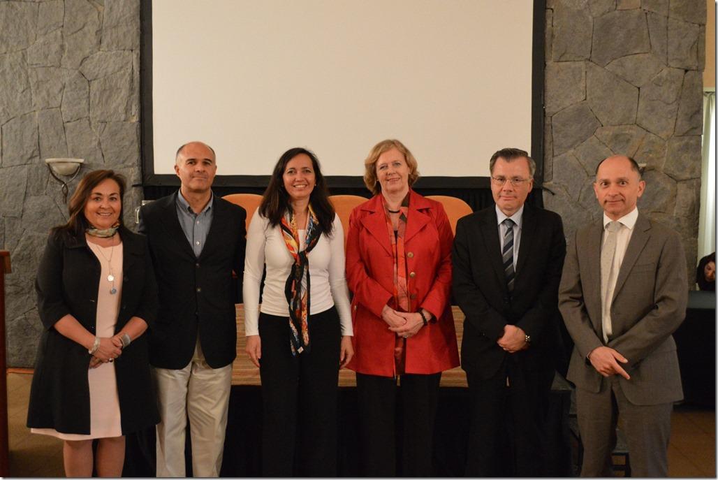 Valeska Geldres,Marco Mora, Solange Bernstein, Rosemarie Junge, Osvaldo Macías y Guillermo Yáñez (2)