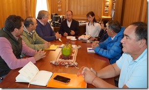 Asociación de Fútbol Amateur de Villarrica sostiene importante reunión con alcalde