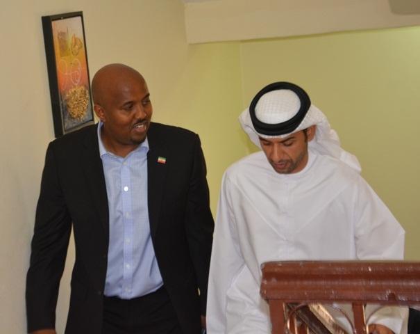 Baashe iyo madaxa wefdiga UAE