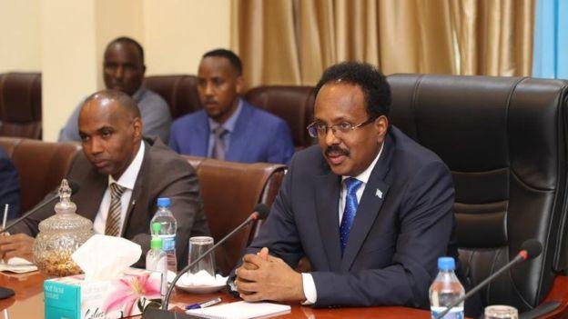 Madaxweynaha Somaaliya Farmajo iyo Ra'isal wasaare Kheyre oo kulan la yeeshay Madaxweynaha Djibouti Ismaaciil Cumar Geelle 16 March 2019, Villa Somalia Muqdisho