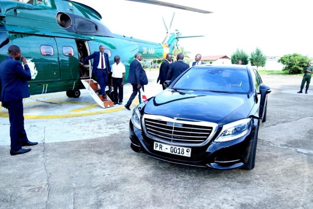 Madaxweynaha Somaliland iyo weftiga oo wasiirka arrimaha dibadda dalka Gini, Mudane Mamadi Toure,kusoo  dhoweeyay Conakry International Airport, kadina diyaar Helikopter ah lagu qaaday 2 july 2019, Araweelo News
