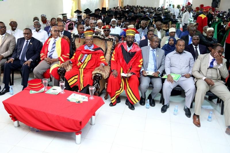 Madaxweynaha Jamhuuriyadda Somaliland, Muuse Biixi Cabdi oo ka qaybgalay munaasibad loo qabtay Arday dhamaysatay  jaamacadda Tima-cadde ee Gebiley, 12 Sep 2019.