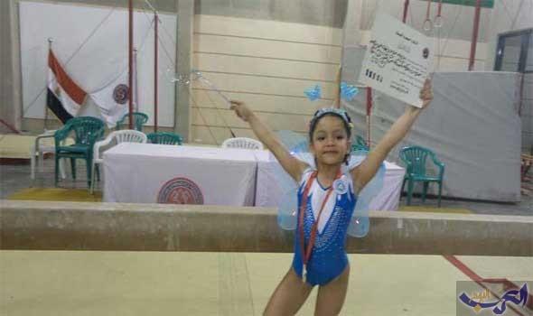 الطفلة منة حكاية بطلة جمباز عمرها ستة أعوام