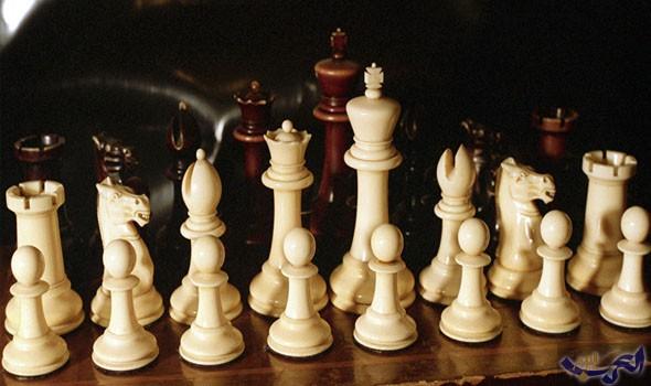 تجميد حسابات الاتحاد الدولي للشطرنج في سويسرا