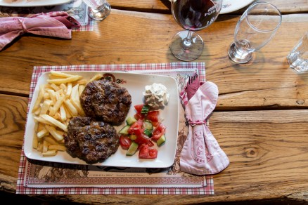 Romanian food, where to eat in Timisoara, Restaurant Dinar, arboursabroad