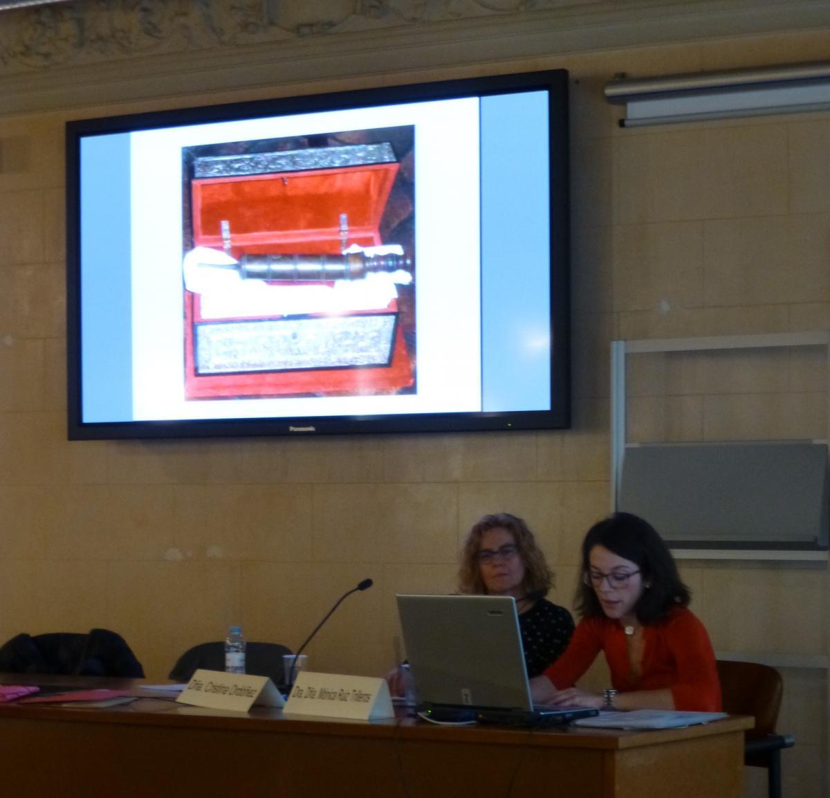 Finaliz el curso Conociendo las Artes Decorativas Historia Uso y Conservacin  Restauracin de muebles Arcaz