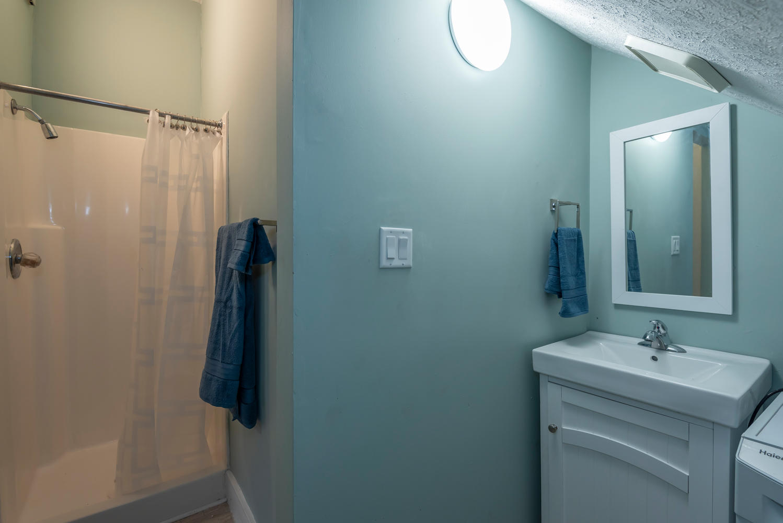 208 S Rogers Street Unit 1-large-011-008-Bathroom-1499x1000-72dpi