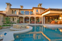 Italian Mediterranean House Designs