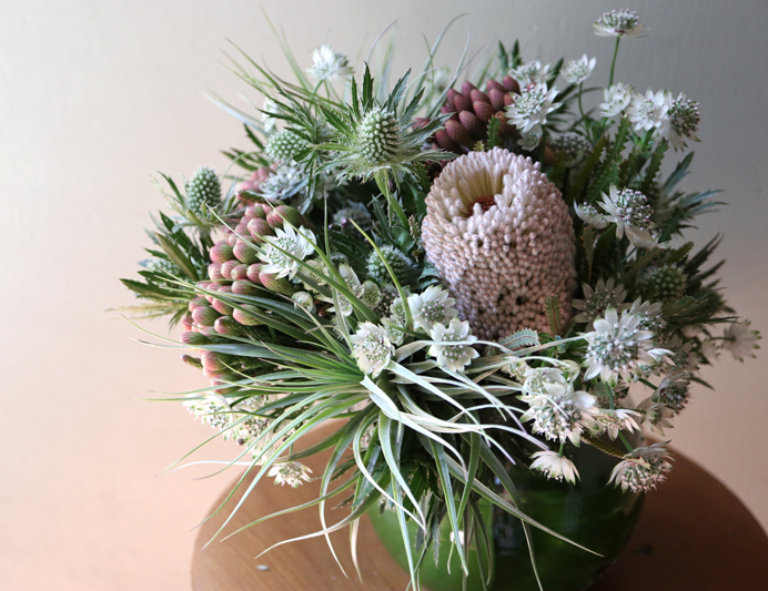 floral design, arrangement, alternative bridal, airplants, los angeles, neutral textures