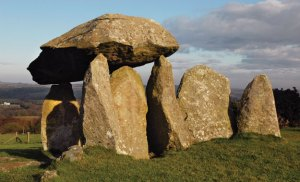Pentre-Ifan-featured