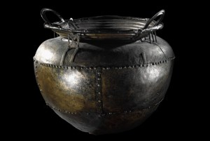 Battersea-Cauldron,-on-loan-from-Trustees-of-the-British-Museum