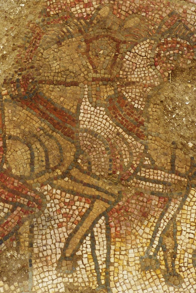 The horses pulling Oenomaus' chariot are executed with impressive artistry, their manes picked out using long, thin tesserae.