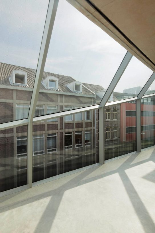 Wiel Arets . v house . maastricht (14)