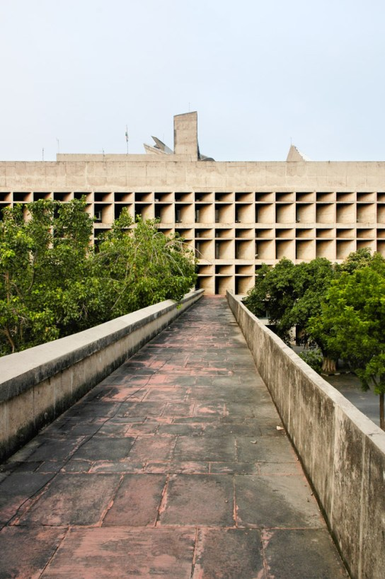 archaic_Chandigarh Assembly | Le Corbusier11