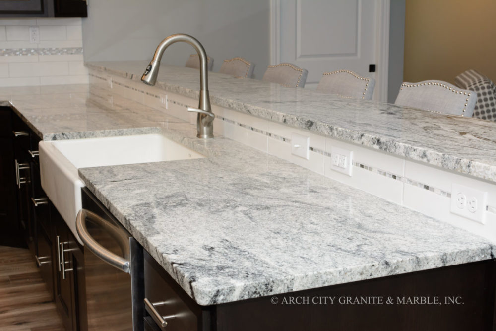 What is the Difference Between Quartz and Granite Countertops