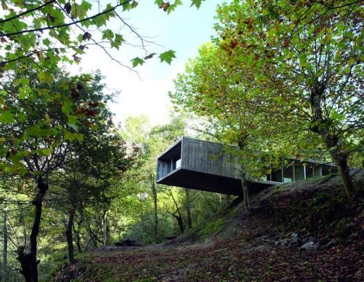 House in Gerês : By Graça Correia y Roberto Ragazzi