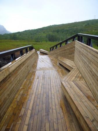 Lillefjord Rest area & footbridge