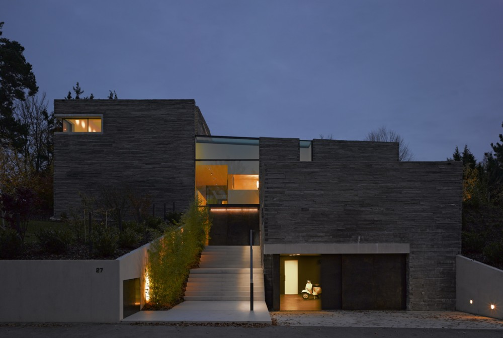 House- Haus M - Titus Bernhard Architects © Jens Weber & Orla Conolly