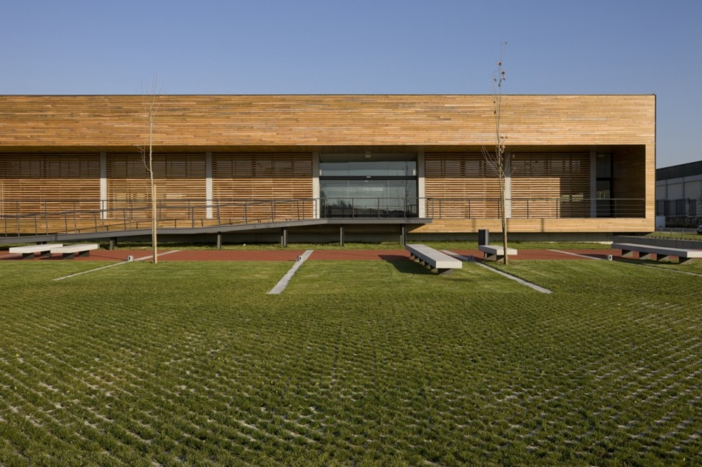 Riberão Swimming Pools - Pitagoras Arquitectos © Luis Ferreira Alves