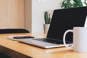 Laptop op het kantoor