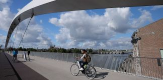 Maastricht-Bridges