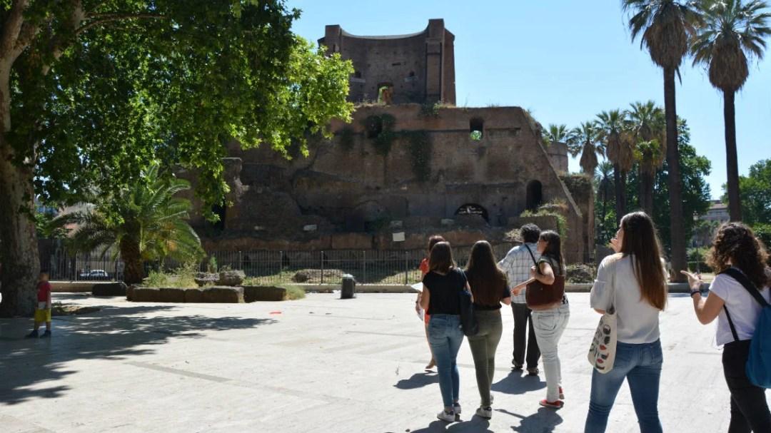 Studenti del Liceo Albertelli di Roma ai Trofei di Mario