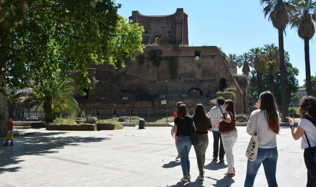 Visita archeologica 'con delitto' nel Rione Monti di Roma