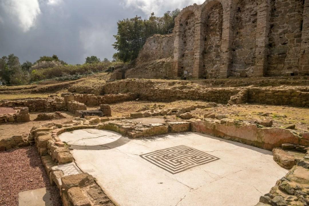 Acropoli Populonia Casa Mosaico