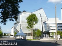 architecture /in BALE, BASLE, BASEL (ARCHIGUIDE)