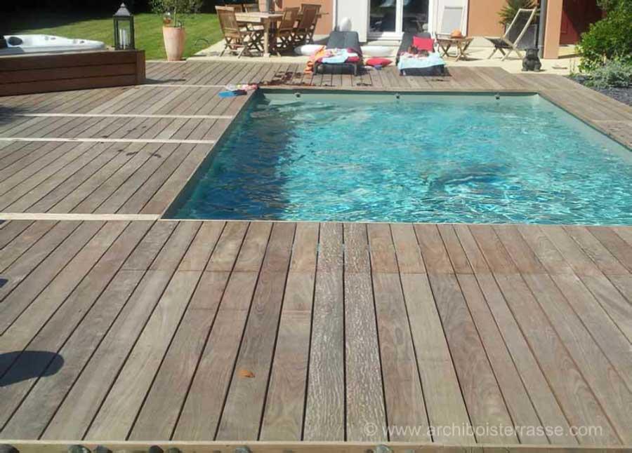 jacuzzi  spa  douche  tour et micro piscine a remous en bois