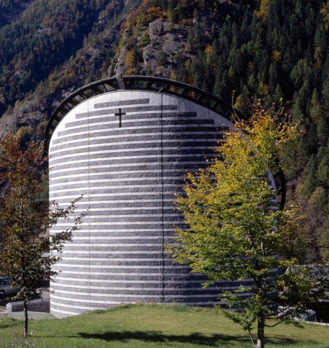 Chiesa di San Giovanni Battista a Mogno Svizzera