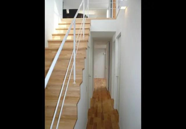 1.東久留米市注文住宅の階段