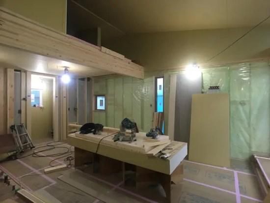 新座市の注文住宅現場の気密シート施工