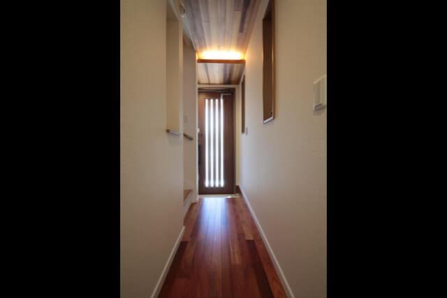 No.R04 さいたま市リフォーム O邸事例 玄関ホール廊下の画像