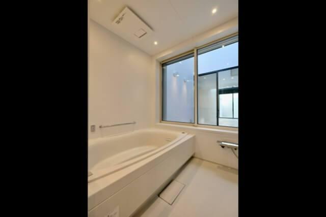 練馬区注文住宅 W邸事例 浴室の画像