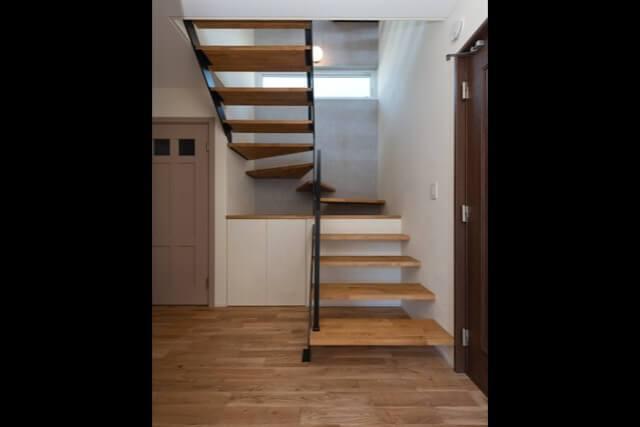 No.150 新座市注文住宅 E邸事例 階段の画像